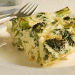 Krustenlose Broccoli-Hühnchen-Quiche