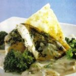 Huhn mit Broccoli in Champignonsosse