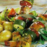 Lamm-Spiesse mit Paprika und Zucchini