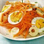 Mohrrübensalat mit Ei