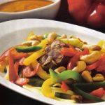 Rindfleisch mit Paprika und Cashewnüssenp
