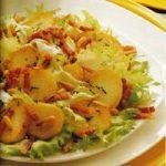 Salat mit Kartoffeln und Schinken