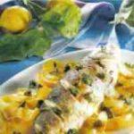 Seebarsch mit Kartoffen und Kapern