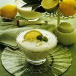 Zitronen-Mousse