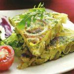 Zwiebel-Omelett mit Saubohnen