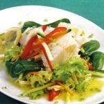 Marinierter Seehecht mit Gemüse