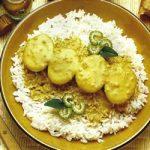 Curry-Eier auf Reis