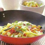 Thailändische Kartoffelpfanne